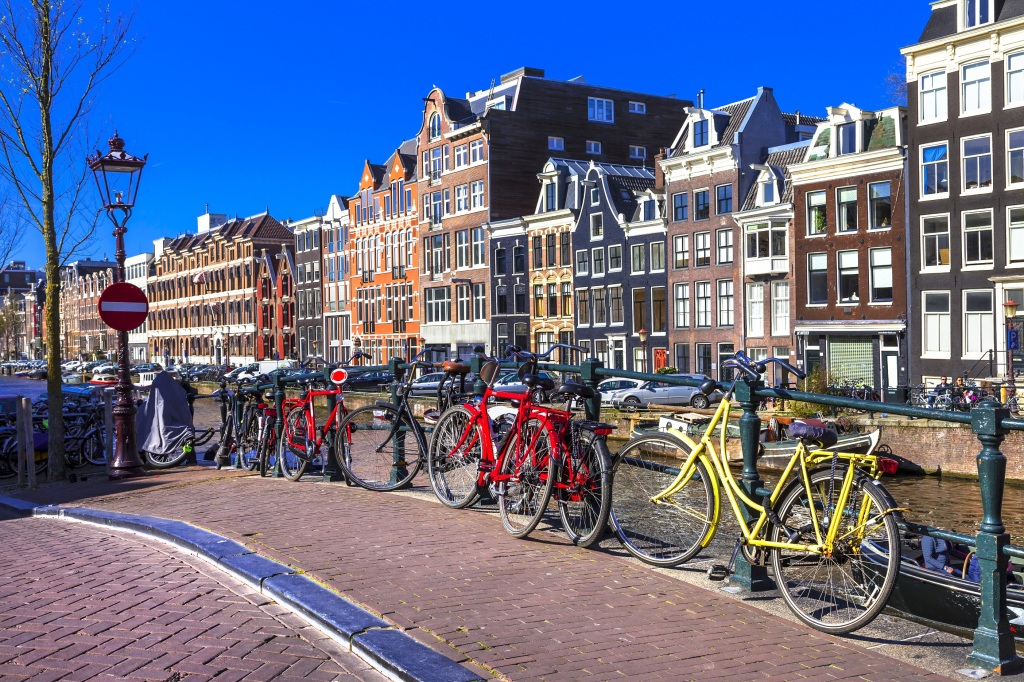 Amsterdam - jazda na rowerze, city break